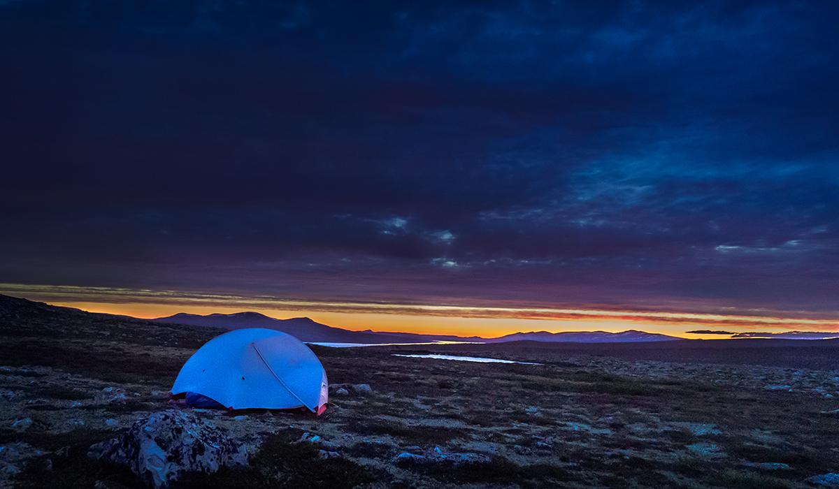 Norwegen bei Nacht mit MSR Zelt Hubba Hubba NX 2