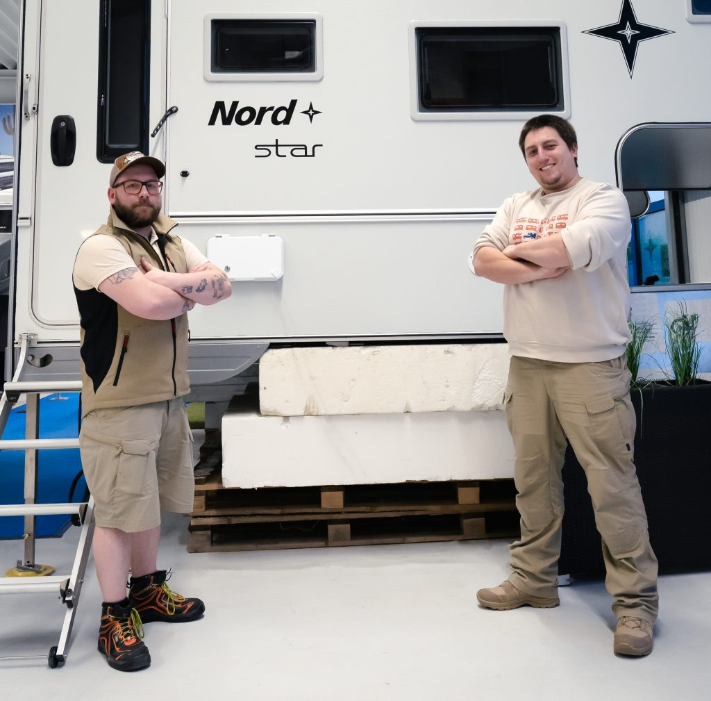 Moritz und René vom Wohnkabinencenter
